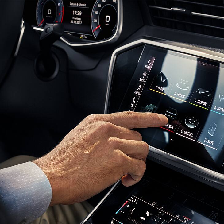 Step 3: You set up the services in your Audi and are able to access all available features via the MMI.