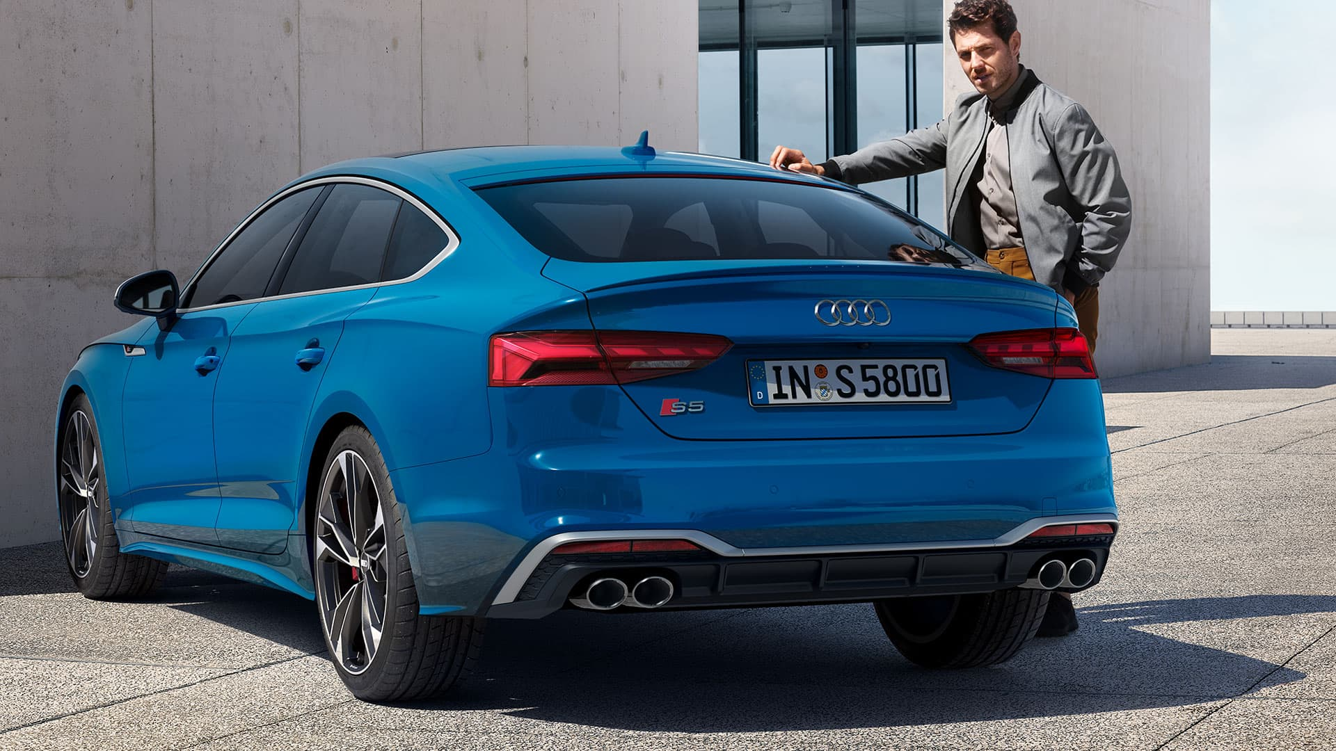 Rear view Audi S5 Sportback TDI